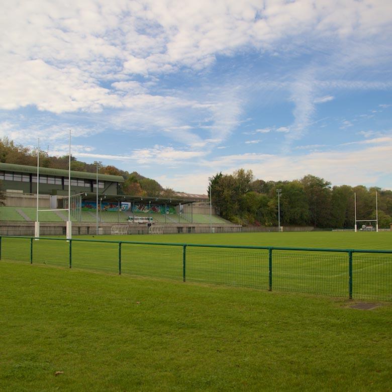 Venir au Stade Jean Moulin à Suresnes